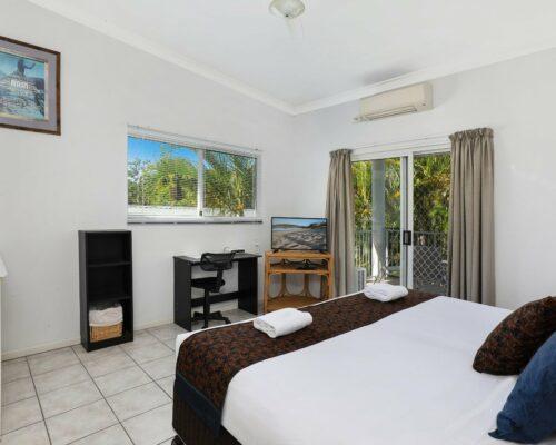 1 bed garden villa-08 (1)